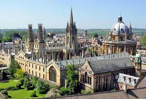 Oxford University, where the comma gets it's name.